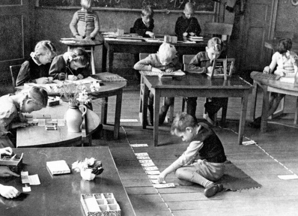 montessori philosophy history Our philosophy stands on four the montessori materials – dr maria montessori's observations of the kinds of things our history raritan valley.